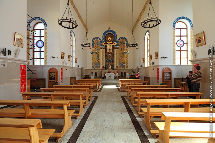 фото Католический храм Воздвижения Святого Креста в Казани