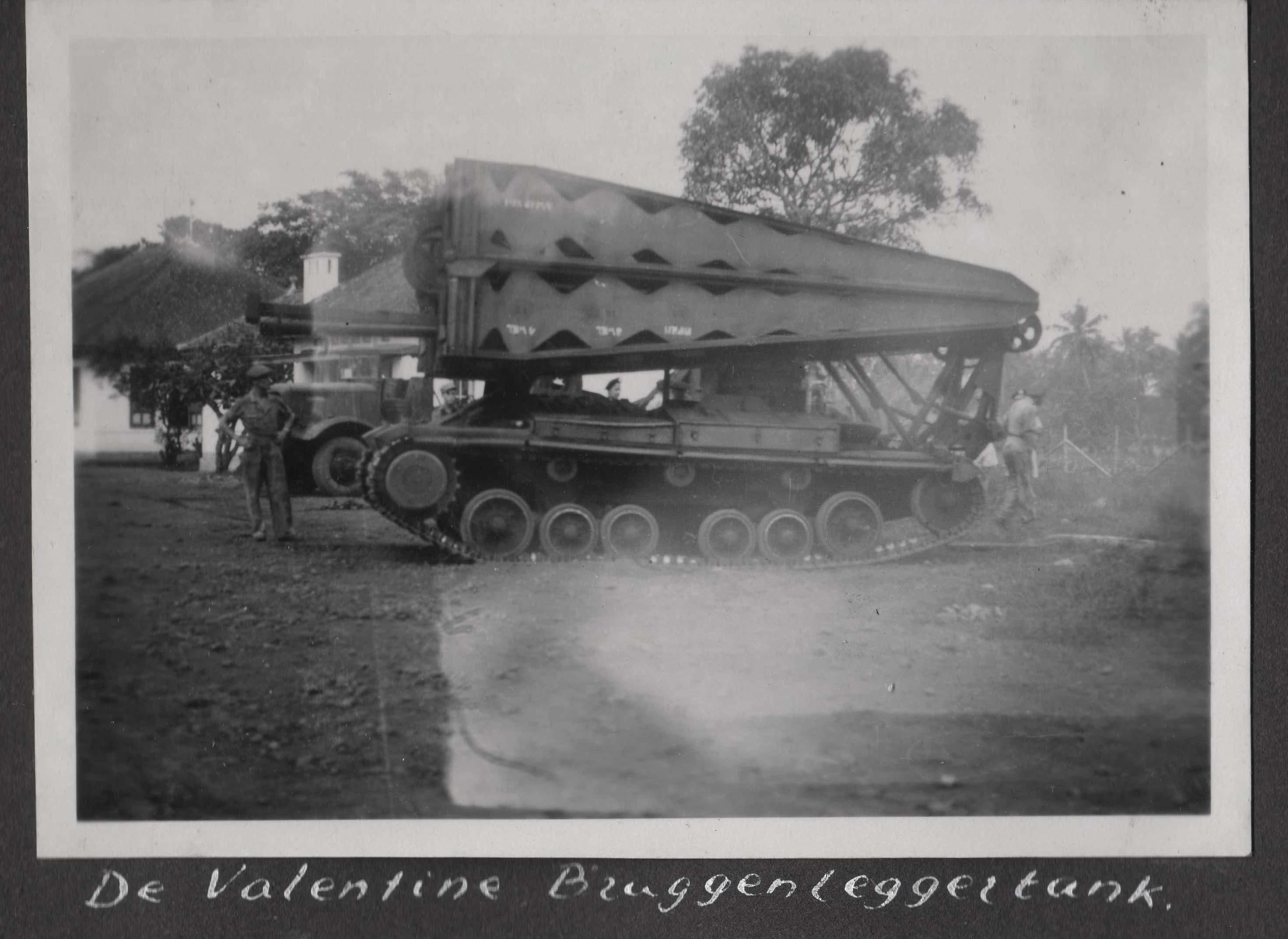 valantine-bruggenlegger-tank-in-actie.jpg