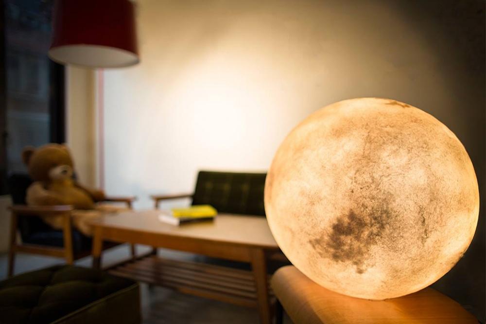 Лампа, которая впустит луну вваш дом (7 фото)
