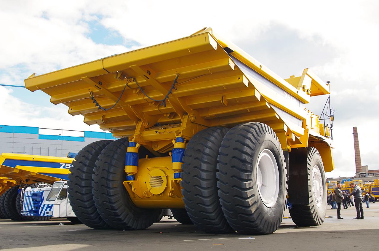 0 928a2 bc765c0c orig Как делают гигантов    БелАЗы.