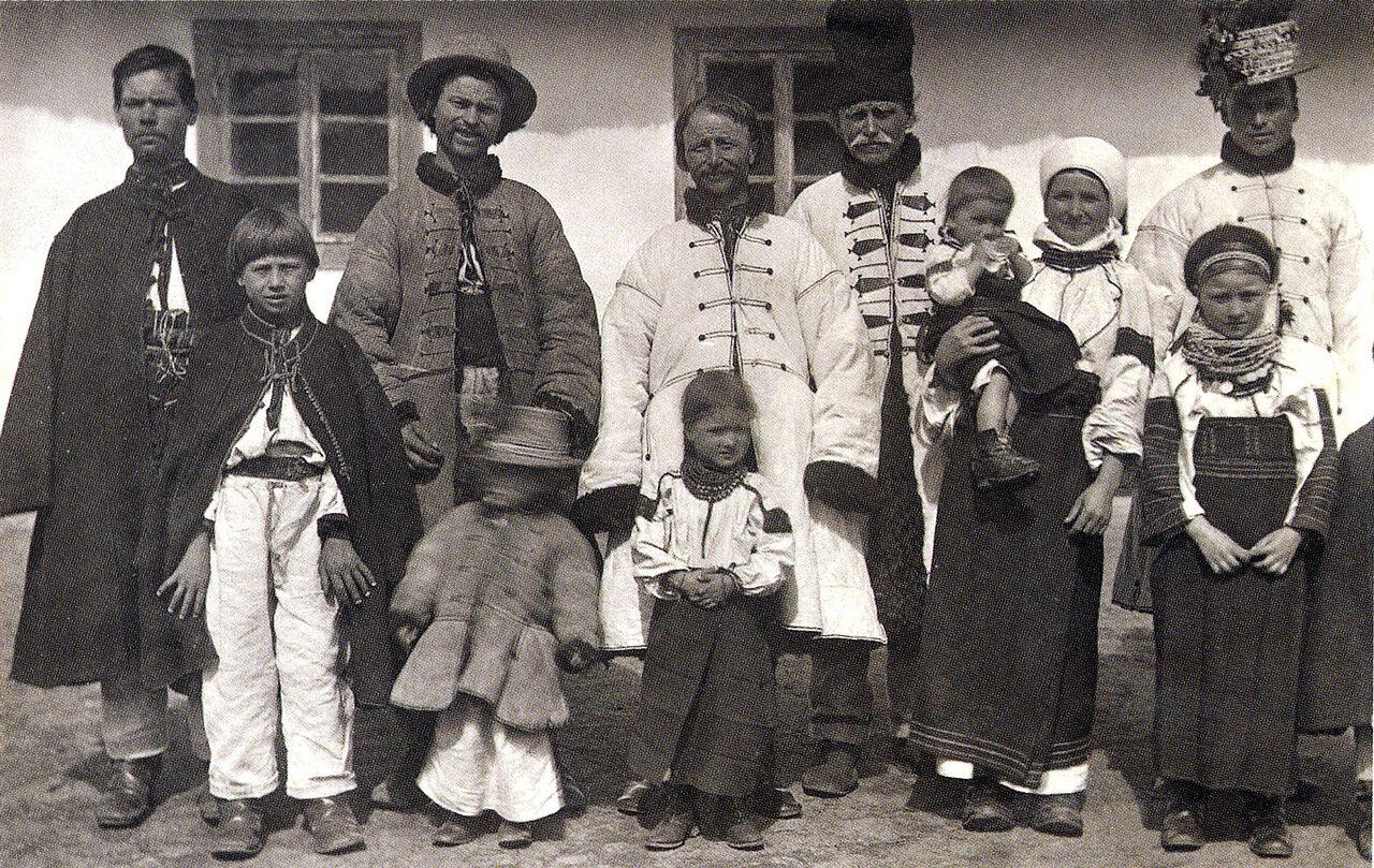 Семья Кравчуков. Село Тишкивцы. 1890 г.