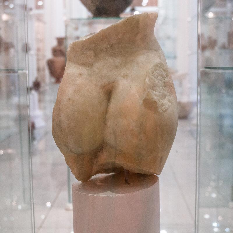 Фрагмент скульптуры Афродиты