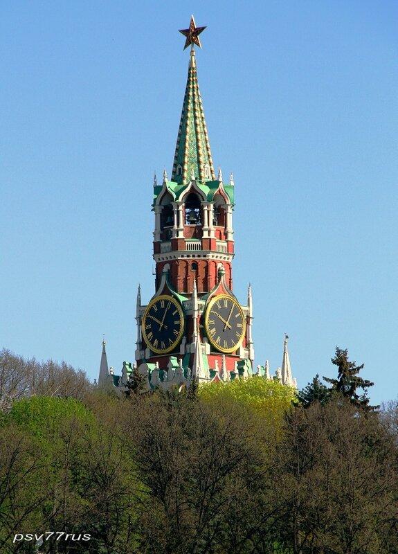 Спасская (Фроловская) башня.