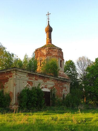 Спасская церковь в Хрущево-Подлесном
