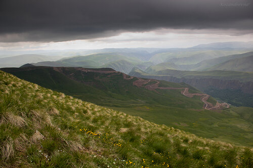 серпантин в каньон Малки