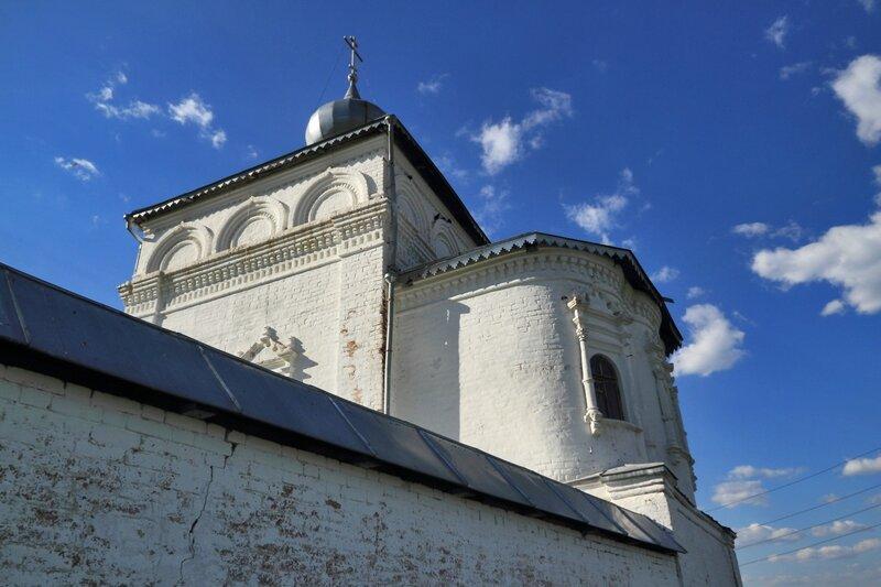 Церковь Иоанна Лествичника в Никольском монастыре