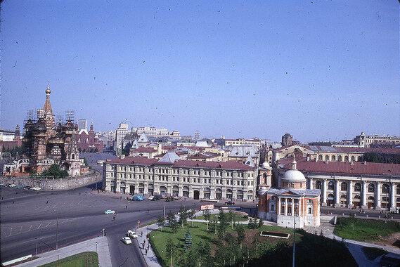 1969. Вид из гостиницы Россия.