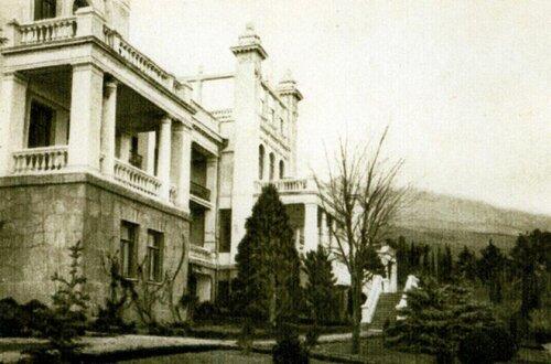 Пансион Александрова-Дольника. Южный фасад.