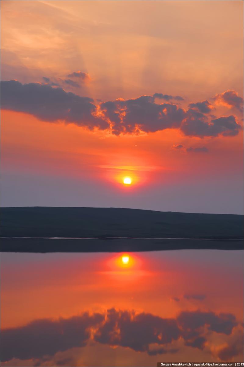Рассвет над горой Опук
