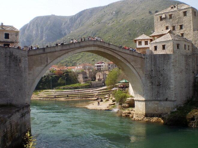 Старый мост в Мостаре. Босния и Герцеговина
