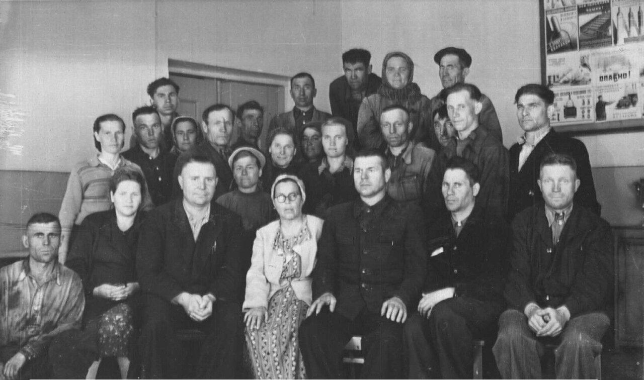 1954. Собрание в 7-м транспортном цехе завода Строммашина