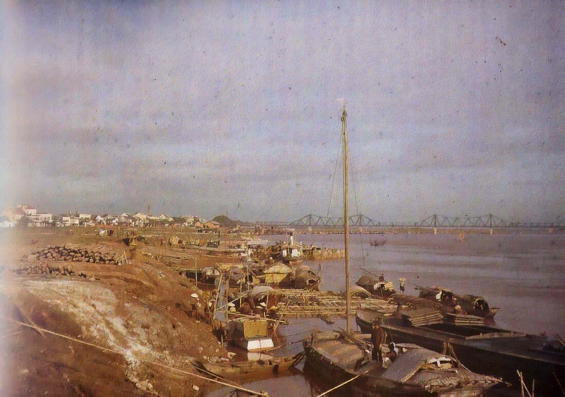 Ханой. Сампаны и мост Поля Думера мост, 1915