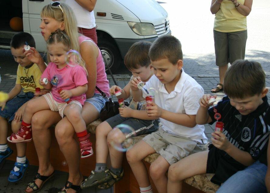 Запорожские «Ангелы» подарили малышам праздник (ФОТО), фото-2