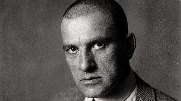 Лирический герой поэзии в маяковского