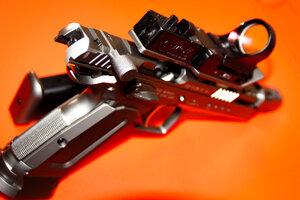 Весенний обзор пистолетов Tanfoglio
