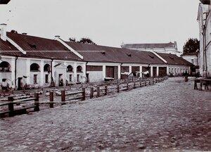 Вид служебных домов у здания Кадетского корпуса.