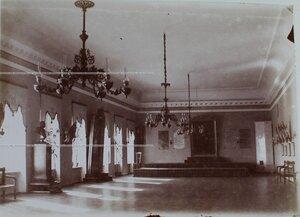 Вид части Александровского зала.