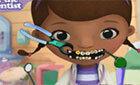 Доктор Плюшева Лечим Зубы игра