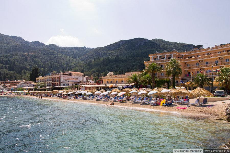 Пляж рядом с отелем Potamaki Beach в Беницесе