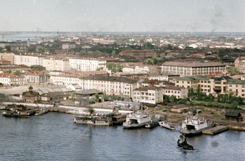 Архангельск. Речной вокзал (середина 1950-х годов) фр.jpg