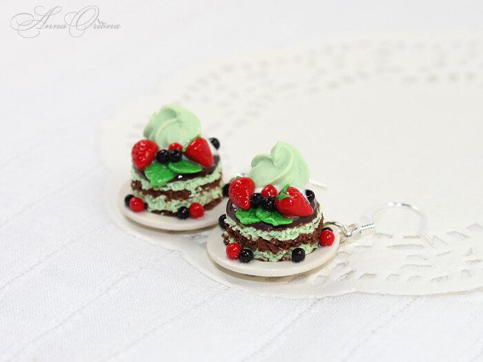 Вкусные фисташковые пирожные