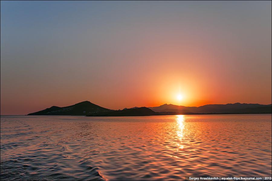 Рассвет над островом Наксос