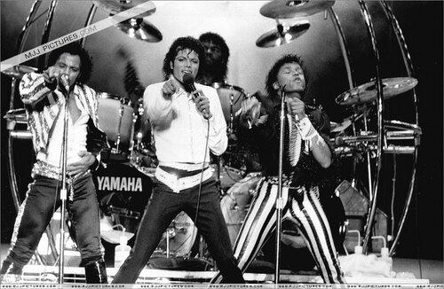 "О песне"" This Place Hotel "" с альбома The Jacksons ... джастин бибер песни слушать"