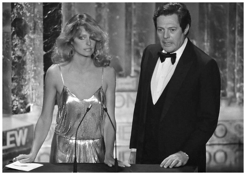 1978. Фарра Фосетт и Марчелло Мастроянни объявляют победителем в номинации «за лучший монтаж» создателей «Звездных войн»  во время 50-й ежегодной награды Академии в Лос-Анджелесе, 4 апреля 1978 года.