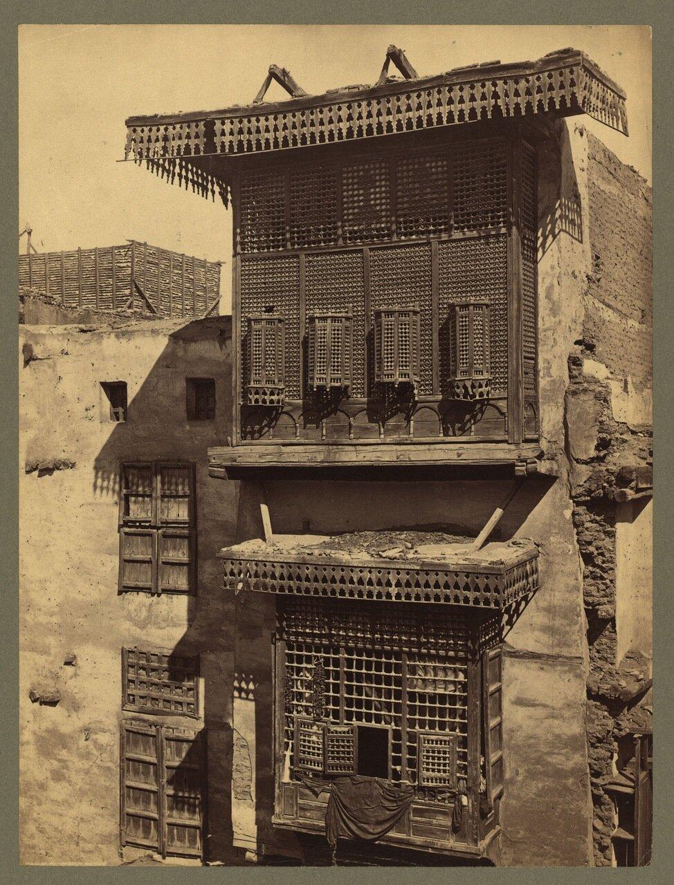 Каир. Старый дом с мушараби
