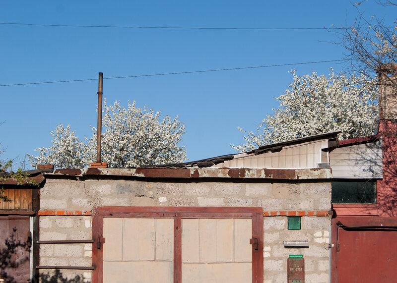 Весна на окраинах