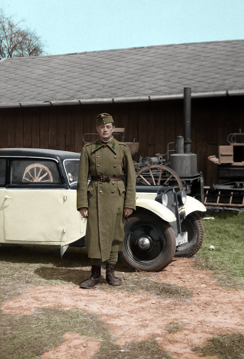 soldier_with_a_car_by_greenh0rn-d6ynvef.jpg
