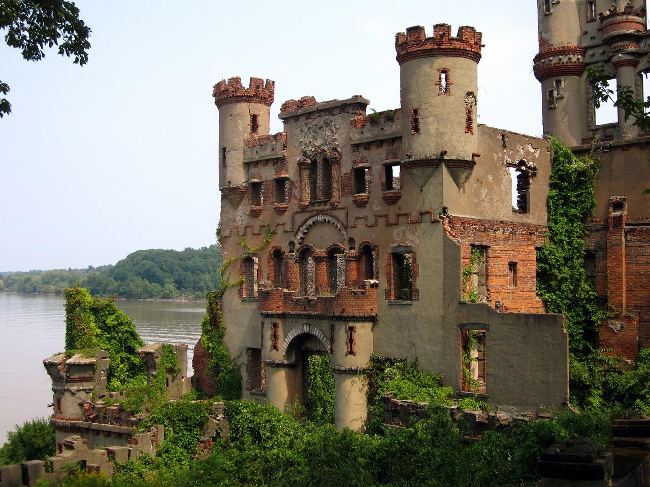 для смотреть фото заброшенных замков россии новогодний маникюр гармонично