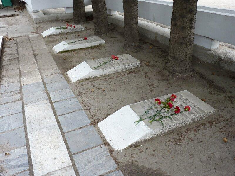 Остров. Памятник воинам, погибшим в Великую Отечественную войну