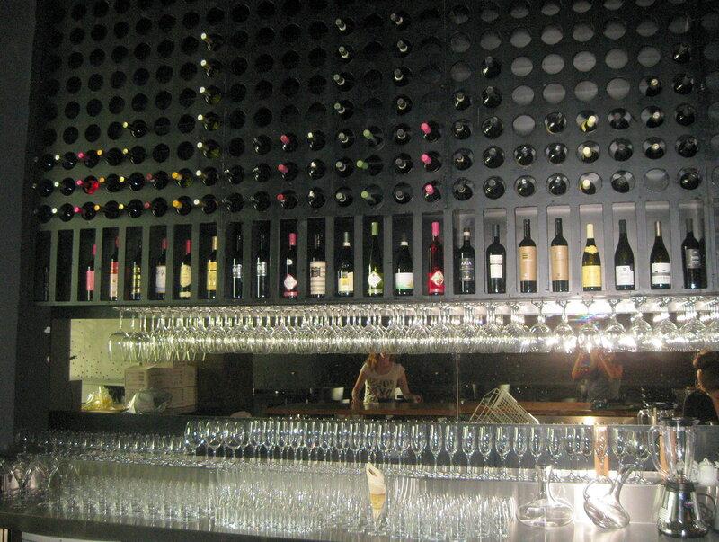 Винный бар DiVino в Будве