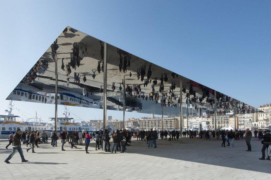 Городская инсталляция Vieux Port Pavilion в Марселе