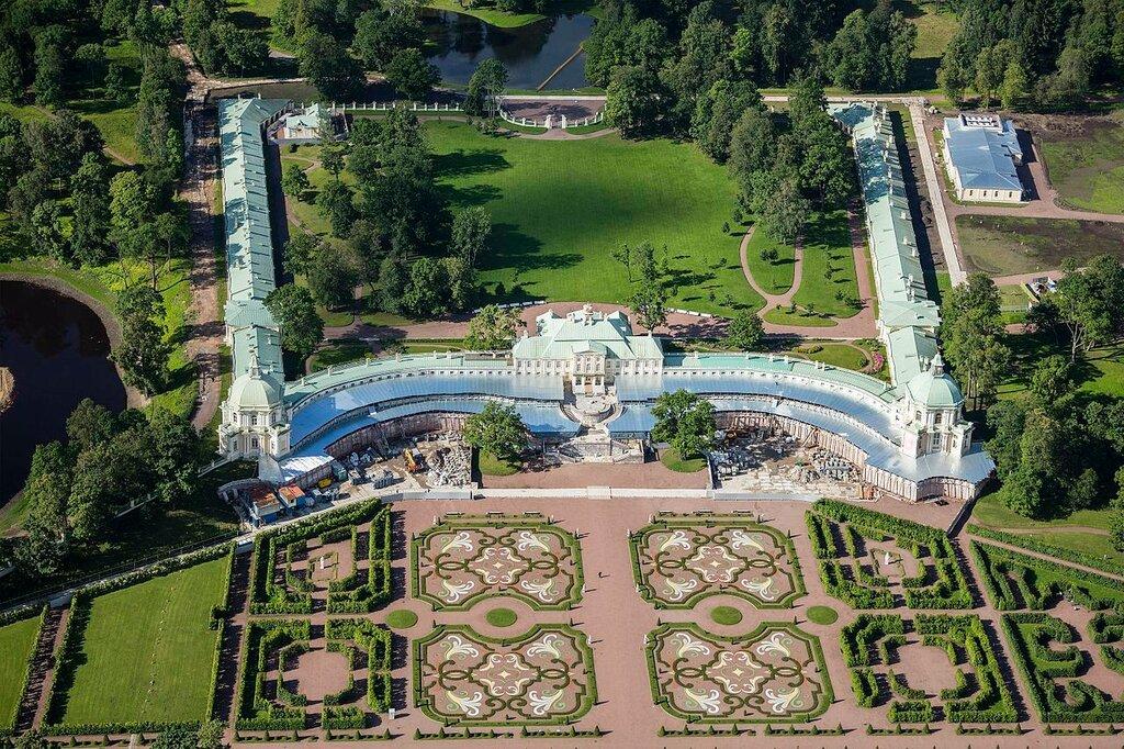 RUS-2016-Aerial-SPB-Grand_Menshikov_Palace.jpg