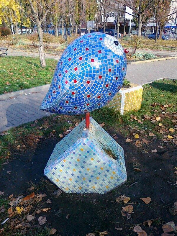 Птица на кубике