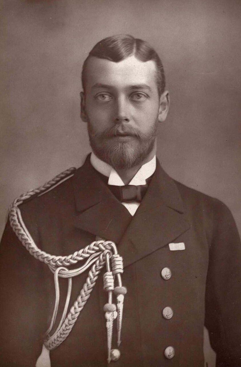 Георг, принц Уэльский. 1865-1936. Будущий король Георг V, он был вторым сыном Эдуарда VII, и взошел на трон после смерти своего отца в 1910 году
