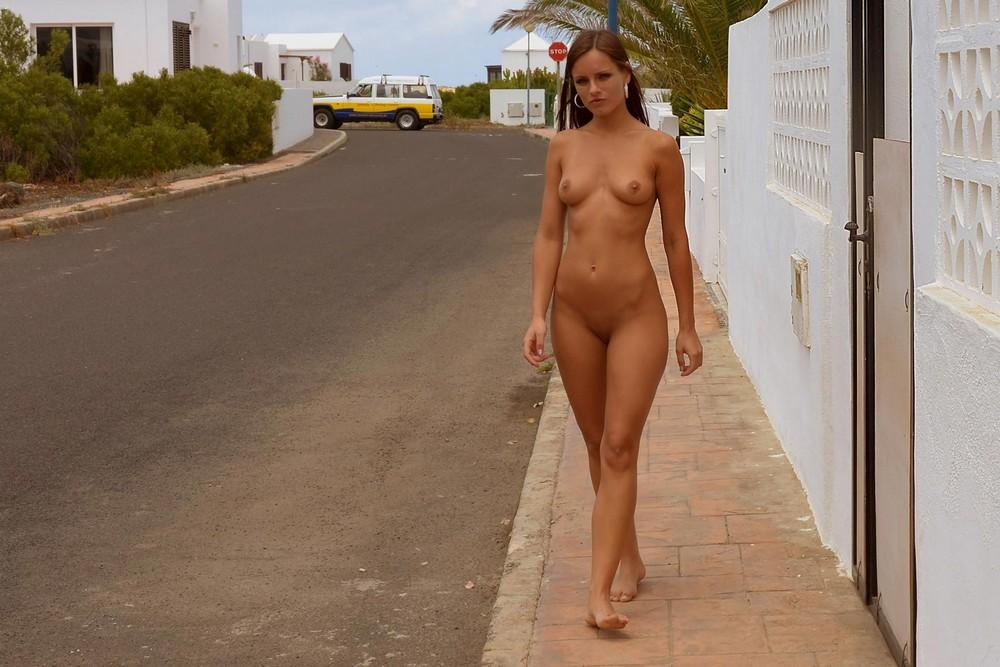 nude-republic