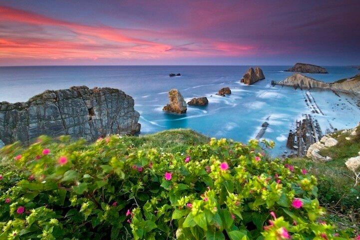 Берега Испании в великолепных снимках