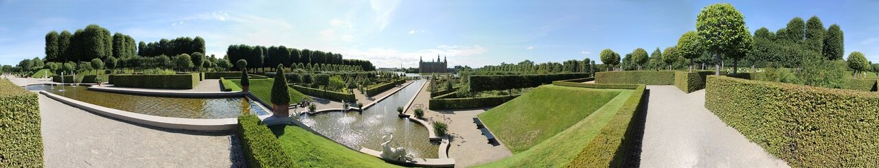 Frederiksborg castle, Baroque-style park, panorama