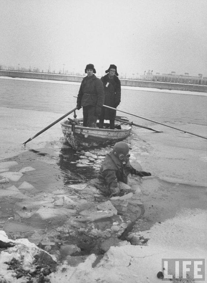 Зимняя Москва глазам5a8и американца. Фотограф Carl Mydans. 1959г.
