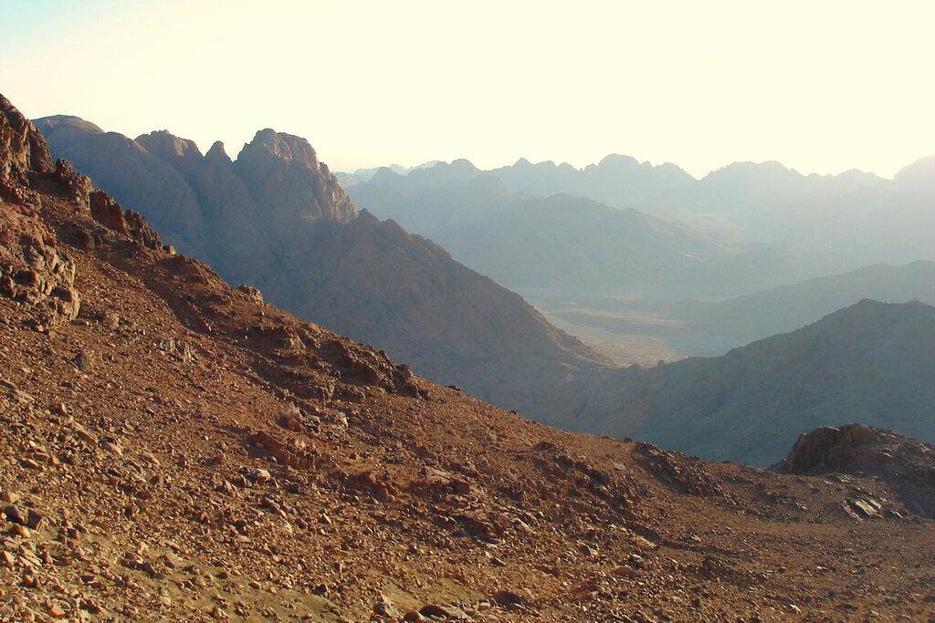 Фото 12. Отчет о восхождении на гору Моисея. Египетские дали