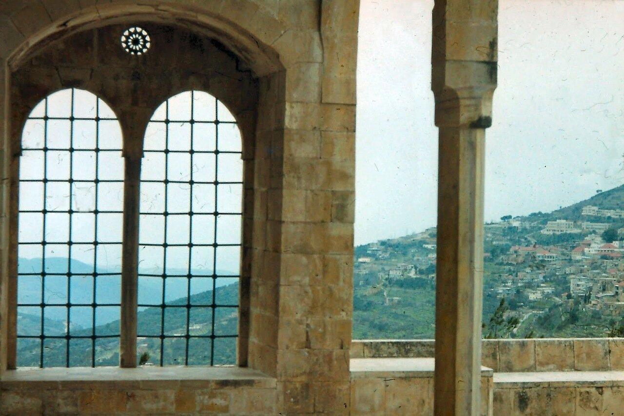 Depuis 1943 il est la résidence d'été des présidents de la République libanaise.