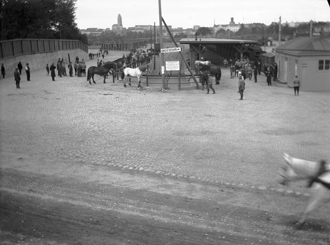 Грузовая железнодорожная платформа