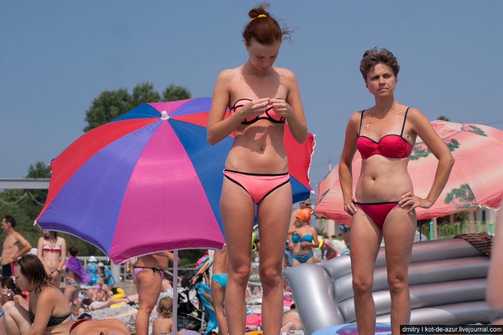 Фото матерей с дочками на пляже