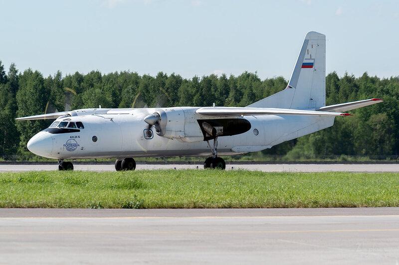 Антонов Ан-26Б (RA-26101) Псковавиа D800839