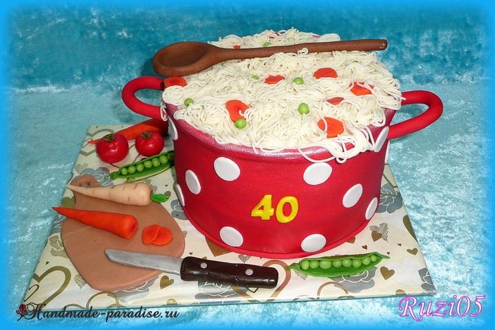 Торт из марципана. Кастрюлька с супом