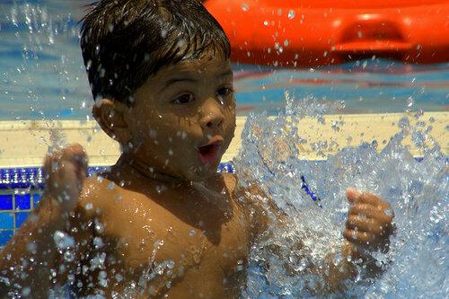Так вот как ведут себя ангелы, когда купаются и веселятся!