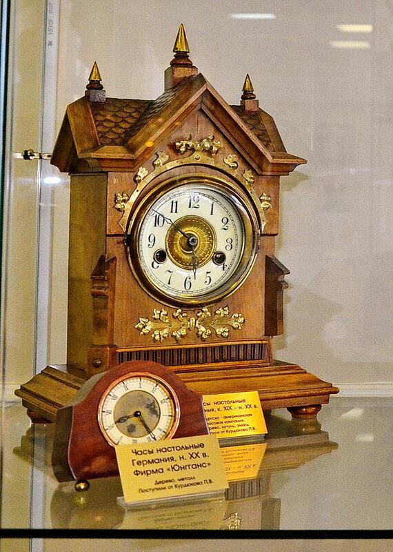 Часы настольные XX века. Германия.